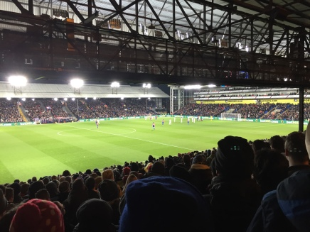 Selhurst Park: Chrystal Palace F.C. vs. Swansea City